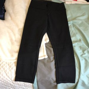 Lululemon cropped leggings Size 2